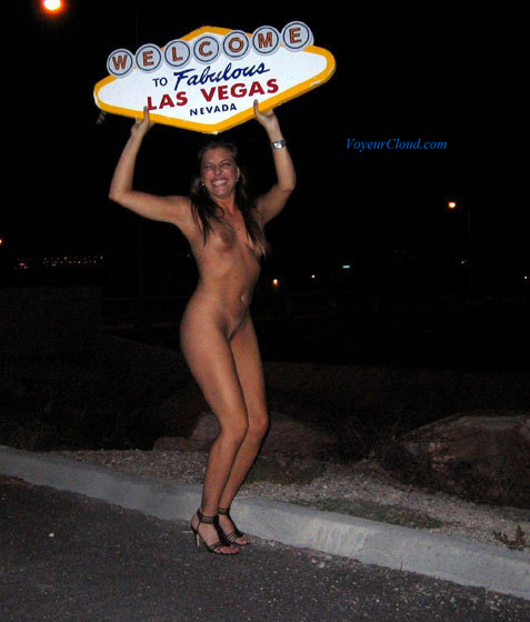 las vegas girl naked