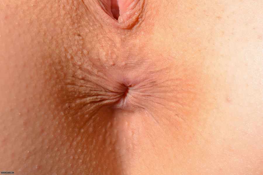 Closeups of womens assholes farting