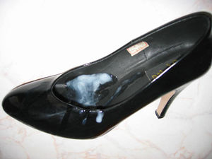 Walking with cum shoes