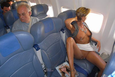Airplane Tits 70